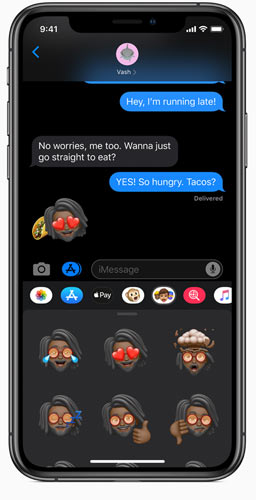 iOS 13 messages with Memoji stickers